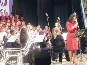Śpiewa Ewelina Saszenko (fot. Zofia Abucewicz)
